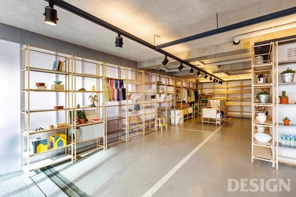월간 디자인 : 건축가가 만든 작은 공방 가라지 가게  매거진  DESIGN